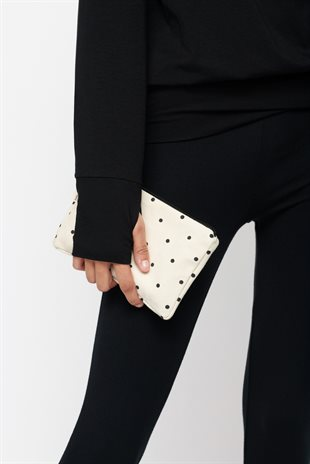 MOSHI MOSHI MIND - DOTTED ZIP PURSE - ECRU/BLACK