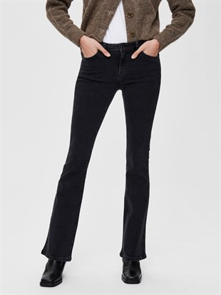 SELECTED FEMME - SLFSERENA MW BLACK WASH BOOTCUT JEANS